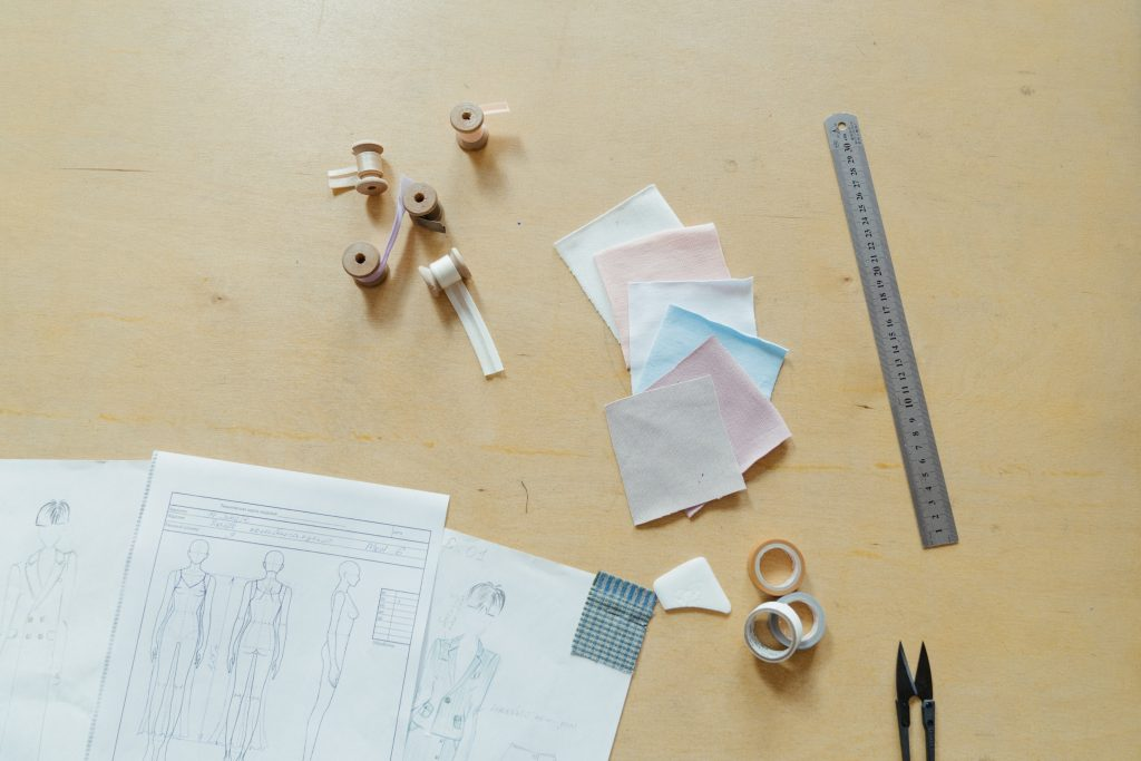 Learning Fashion Design Online